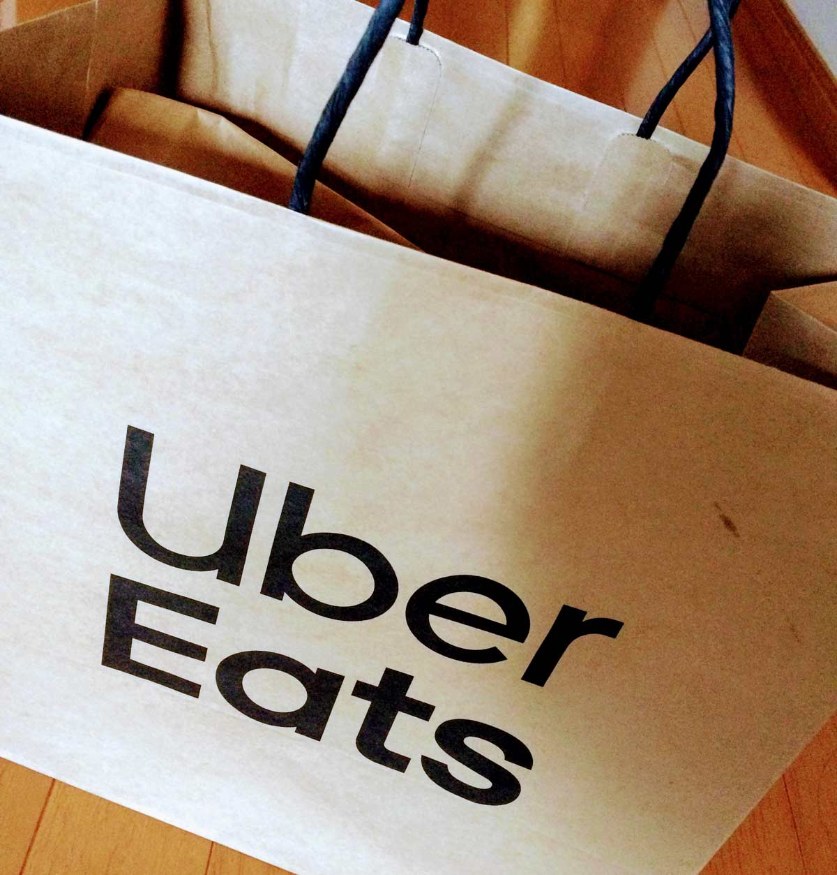 Uber Eatsで配達にかかる時間、登録するカードなど